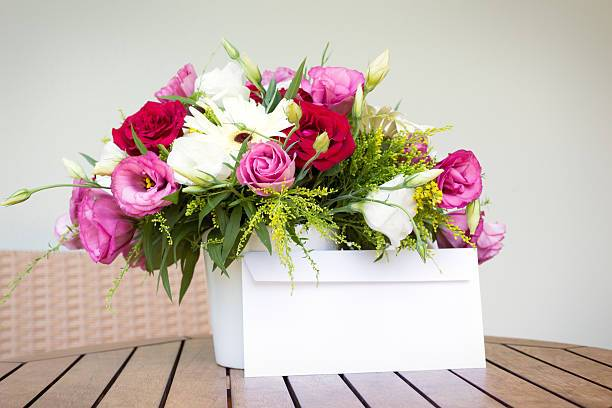 Online Flower Delivery Services & Their Benefits